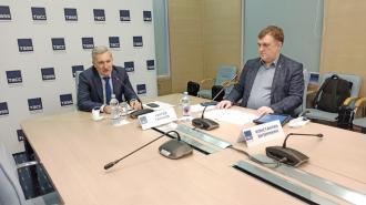 Безопасность школ в Ленобласти вновь обсуждается в комитете по образованию