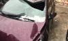 Сошедшая наледь с крыши на Лиговском разбила восемь машин