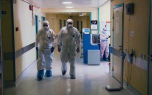 В Петербурге свободны почти треть коек для больных коронавирусом