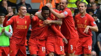 Ливерпуль обыграл Манчестер Юнайтед и возглавил таблицу
