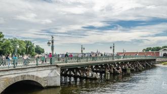 Участок Кронверкского пролива временно закроют для движения судов