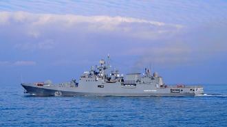 """Фрегат """"Адмирал Эссен"""" провел артиллерийские стрельбы в Черном море"""