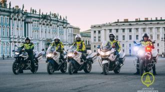В Петербурге прошел смотр готовности полицейского мототранспорта