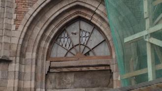 Бюджет Петербурга выделил 19,3 млн рублей на реставрацию крыши церкви Сердца Иисуса на Бабушкина