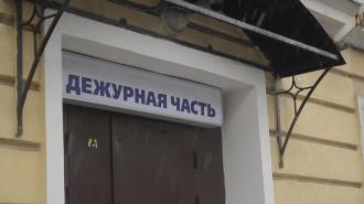 """Пожилая петербурженка """"заминировала"""" евреев в Смольном"""
