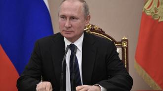 Путин лично вручил петербургским ветеранам ВОВ медали в честь 75-летия победы