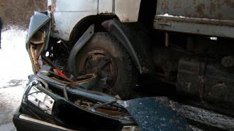 """Под Зеленогорском серьёзное ДТП: столкнулись два грузовика и """"Волга"""""""