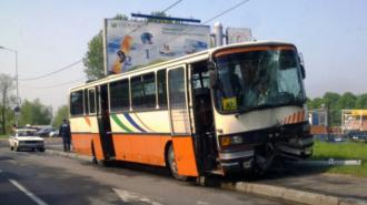 Автобус с детьми съехал в кювет под Калининградом