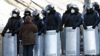 Активисты Майдана угрожают бойцам ВВ, их женам и детям