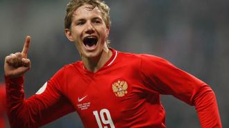 На  матче Россия -Армения счет 2:1- Павлюченко вывел вперед сборную