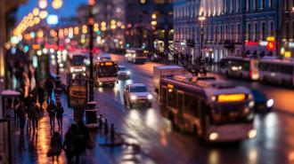 На дорогах города работает 90% от обычного количества наземного транспорта