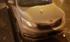 На Зверинской улице обвал фасада здания навредил припаркованному автомобилю