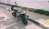 На Колпинском шоссе мотоциклист серьезно пострадал после падения с байка