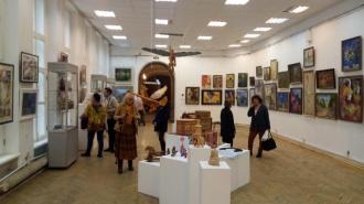 В выставочном зале Санкт-Петербургского союза художников состоялось открытие выставки изобразительного и декоративно-прикладного искусства