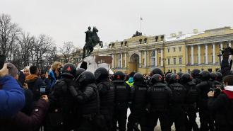 Офицеры ОМОН рассказали, как относятся к участникам митингов