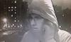 В Петербурге ищут грабителя в очках, проломившего пенсионерке голову молотком