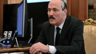Глава Дагестана попал в ДТП на трассе Махачкала - Каспийск