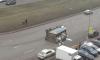 На Богатырском проспекте перевернулся переполненный мусоровоз