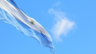 """Президент Аргентины высоко оценил """"Спутник V"""" после болезни"""