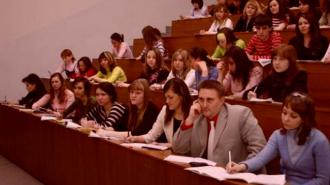 """Студенты: """"Нужно ввести клятву честного чиновника"""""""