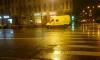 Девушка угодила под колеса фургона инкассаторов на Васильевском острове