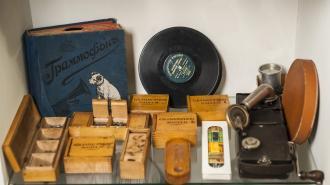 Власти Петербурга сохранят единственный в России частный музей граммофонов