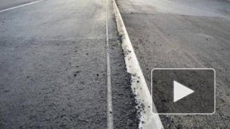 Полицейский на проспекте Ветеранов врезался в столб: трое пострадавших