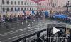 Проливной дождь не помешал жителям Санкт-Петербурга отпраздновать Первомай
