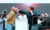 Видео: мужчины лупят друг друга по лицу на фестивале за 30 тысяч рублей