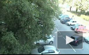Осторожно: девушка паркуется! Авария на улице Рентгена