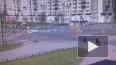 Две машины столкнулись на пересечении Богатырского ...