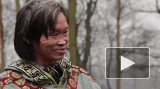 Петербургский шаман воскурил в защиту холода