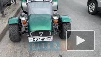 Петербуржцы заметили необычный автомобиль на улицах города