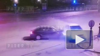 В ДТП на Петроградке пострадали два пассажира
