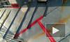 В Калининском районе коммунальщики починили крышу изолентой