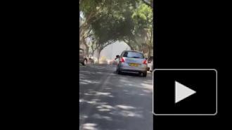 СМИ: один человек погиб в пригороде Тель-Авива в результате ракетного обстрела