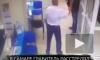 Видео: в Самаре грабитель расстрелял охранника банка и вынес 5 миллионов