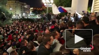 Сербские власти отказались от введения комендантского часа в Белграде