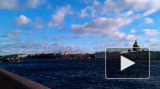 В Петербург вслед за температурным рекордом и грозой пришло наводнение