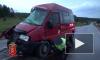 Под Красноярском маршрутка с пассажирами протаранила грузовик: пострадало 12 человек
