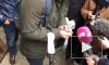 В Москве обладатель места №1 в очереди за новым iPhone порвал талон и ушел домой