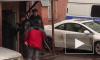 Боец Росгвардии запрыгнул на капот машины и задержал наркоторговцев