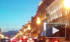 Ночью на Невском демонтировали ставшую нелегальной рекламу