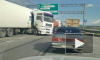 На КАД 4 грузовика столкнулись и собрали огромную пробку