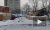 Сложившийся под тяжестью снега ангар на Пархоменко принадлежит коммунальщикам