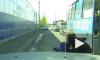 Видео-конфуз: на Кубани девушка выпала из движущейся маршрутки