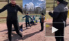 Жители Колпино продолжают выходить в парки и заниматься спортом несмотря на запреты
