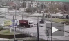 Видео: на Народной фургон протаранил маршрутку