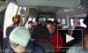 Водитель маршрутки до Рощино прокатил буйную пассажирку с открытой дверью