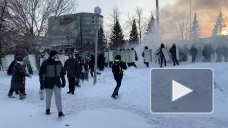 В центре Екатеринбурга задержали участников несанкционированной акции